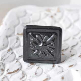 Vintage Möbelknopf HOMME aus Keramik im Shabby Chic schwarz