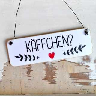 Holzschild im Shabby Chic mit der Aufschrift KÄFFCHEN