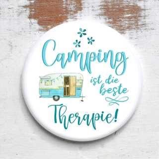 Button mit Spruch Camping ist die beste Therapie