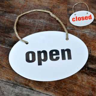 Doppelseitiges Wendeschild OPEN / CLOSED aus Emaille