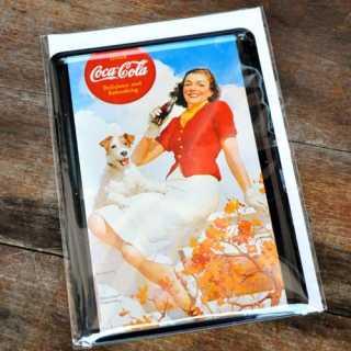 Blechpostkarte Coca Cola Dame mit Hund