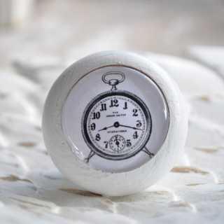 Möbelknauf Clock im Shabby Chic