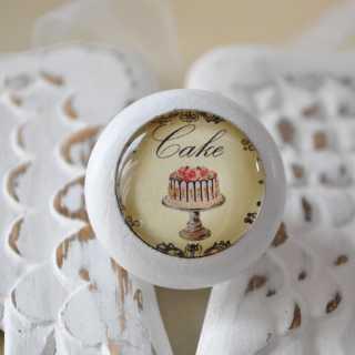 Shabby Chic Möbelknauf Cake von Shabbyflair