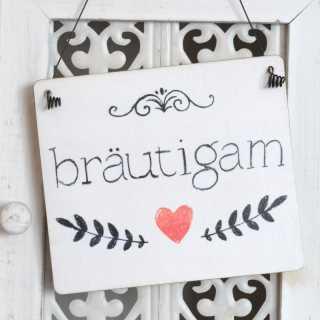 Hochzeit Schild BRÄUTIGAM im Tafel-Design weiß