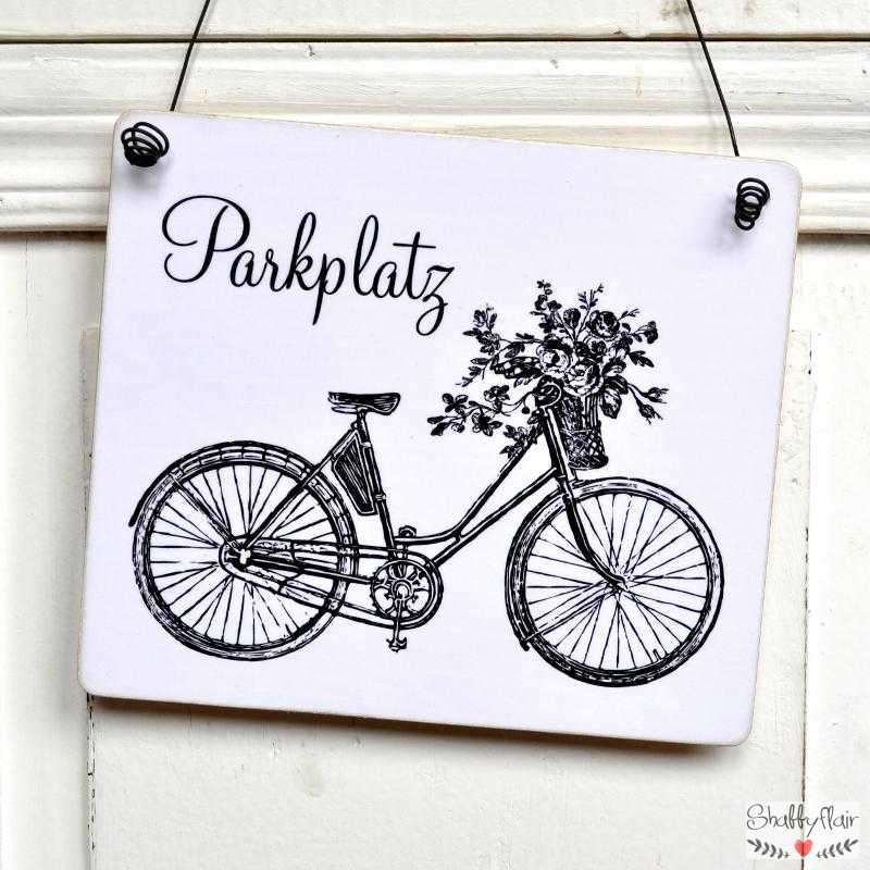 fahrradparkplatz schild dekoschild holzschild im shabby chic. Black Bedroom Furniture Sets. Home Design Ideas